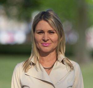 Ella Luzhna
